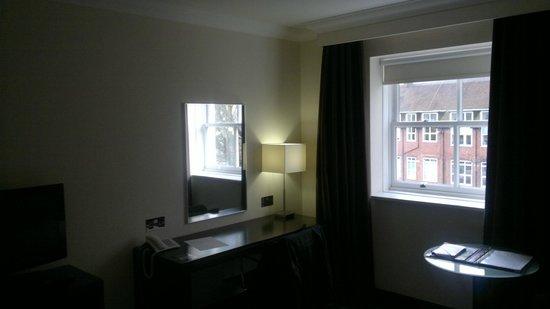 The Gonville Hotel: Desk area