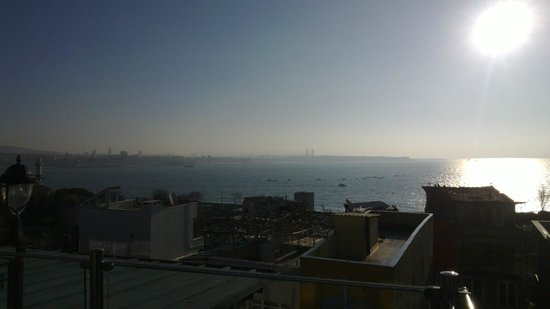 Tria Hotel Istanbul: View from new building terrace