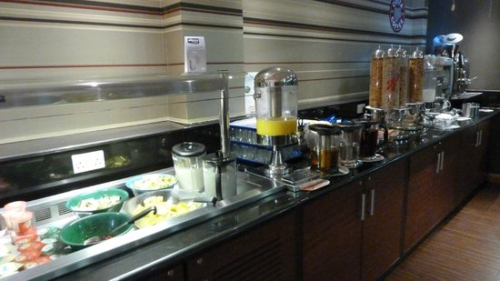 Premier Inn London City (Tower Hill) Hotel: Frukost