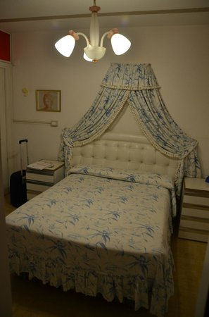 Alloggi alla Scala: Bed