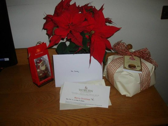 The Woburn Hotel: Our gifts left in our room for us
