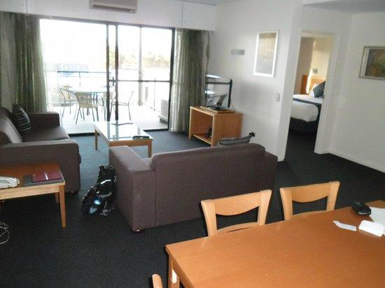 โรงแรมแอชชัวร์ แอสคอต คีย์ อพาร์ทเมนท์: Sitting room