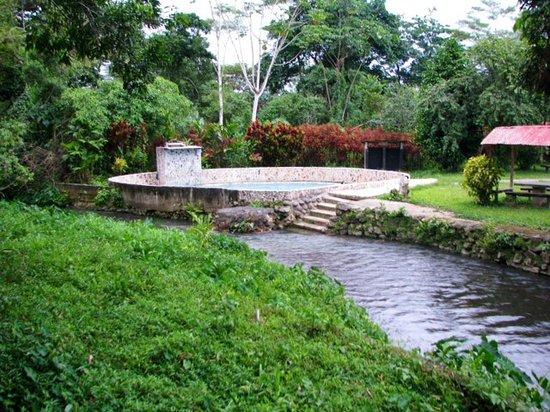 Villa Jennifer : Pool by a beautiful stream