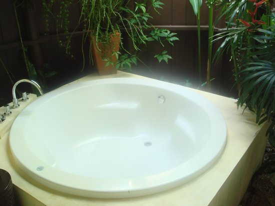 Shantaa Koh Kood: Outdoor bath tub