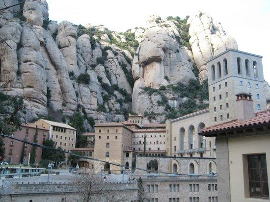 Barcelona Turisme - Afternoon in Montserrat Tour : View of Montserrat