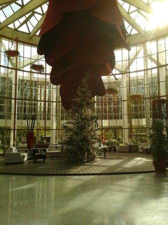 Silken Al-Andalus Palace Hotel: Interior del hotel
