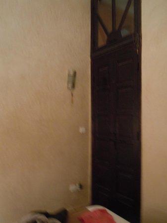 Riad Aderbaz : room
