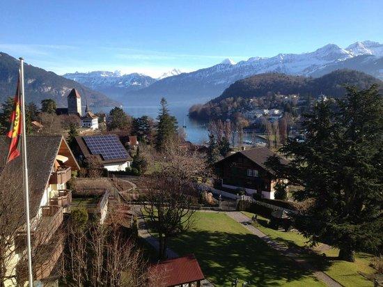 Hotel Eden: Aussicht auf Thunersee & Berner Alpen