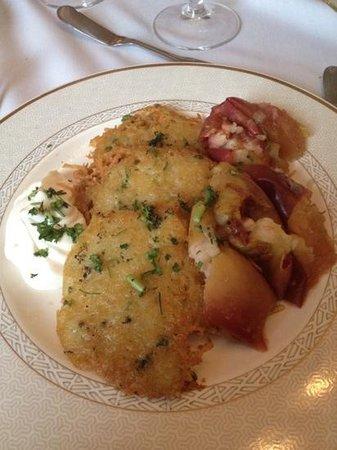Vienna Historic Inn and Restaurant: Potato Pancake Perfection