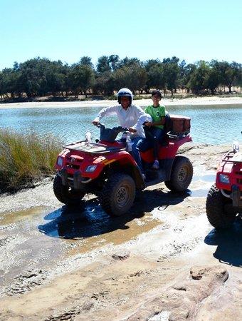 Kalbarri Quadbike Safaris: Quad on fire