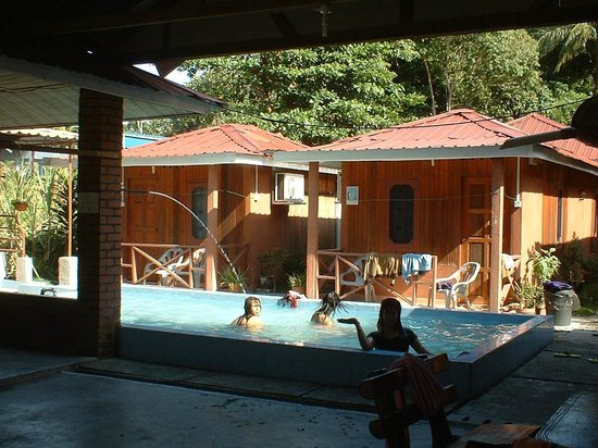 Pangkor Inn Chalet: Children Swimming Pool