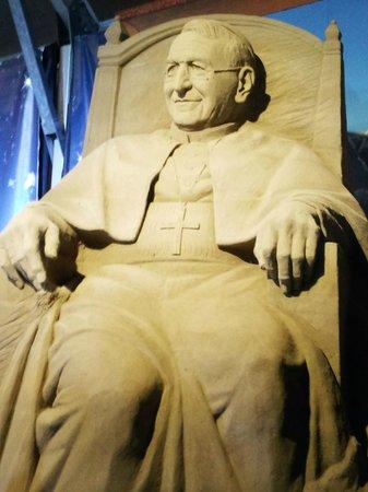 Sand Nativity : il papa