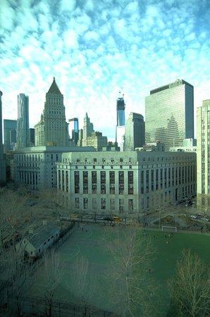 Hotel Mulberry: Blick auf das Oneworld Center und den Columbus Park