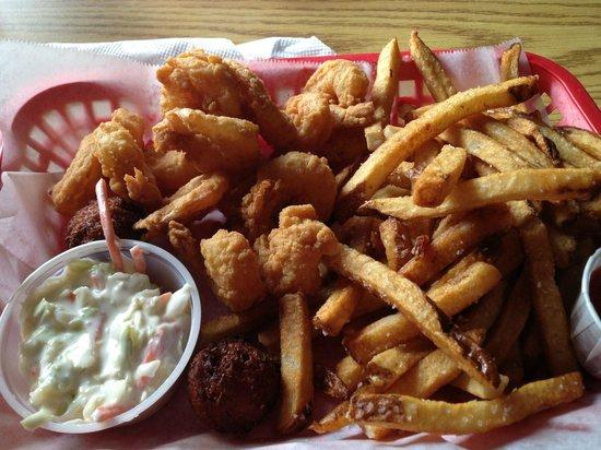 BuddyRoe's Shrimp Shack: shrimp basket