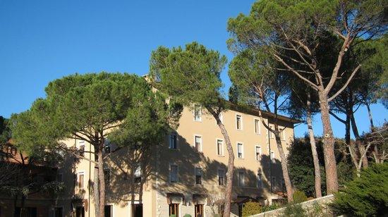 Hotel Posta Marcucci: vista generale dell'hotel