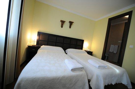 蒙堤亞羅馬飯店