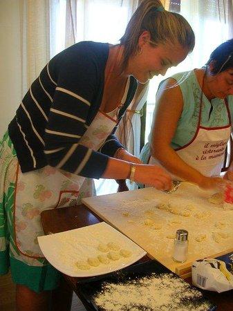 Cook in Venice: Making gnocchi