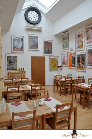 Hotel Nabucco: Breakfast room
