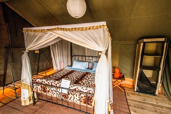Ang'ata Migration Ndutu Camp: Double Bed Tent