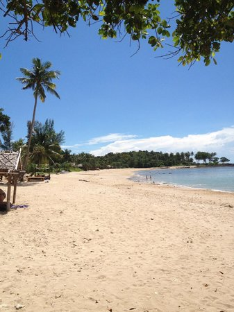 Relax Bay Resort: Clean, private beach