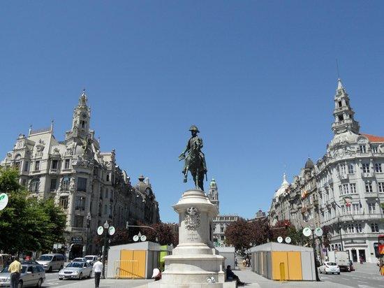 Monumento a Dom Pedro IV: estatua 3