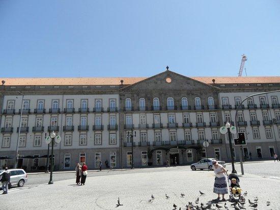 Monumento a Dom Pedro IV: palacio das cardosas