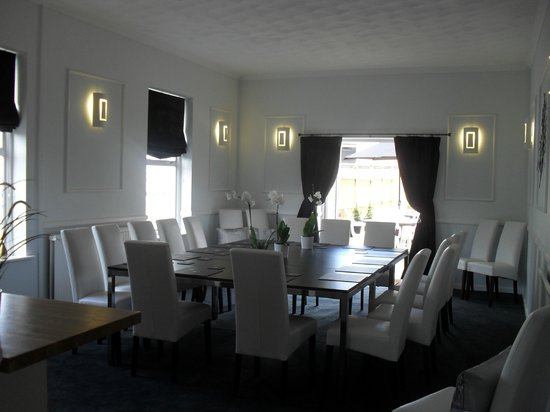 No.134 Hotel: Meeting-dining room