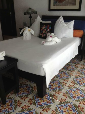 Casa Sirena Hotel: room 2 with towel animals