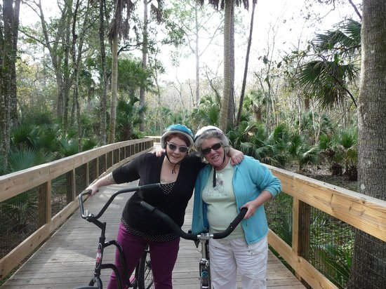 Legacy Vacation Resorts-Palm Coast: bike trai lvery nearby