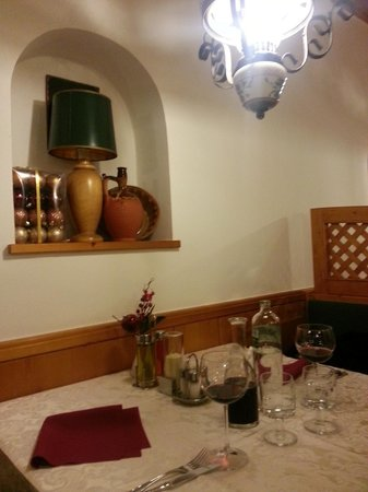 Hotel Kotnik Restaurant & Pizzeria: Dining table