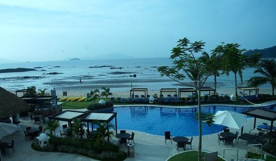 The Westin Playa Bonita Panama: Low tide