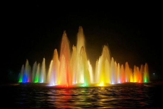 Queen Elizabeth Park: Coloured lights in fountains at QE Park at night