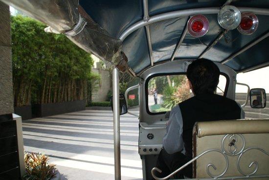 Pullman Bangkok Grande Sukhumvit: Free Tuk Tuk to BTS 