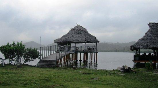 Sapibenega The Kuna Lodge: Living room