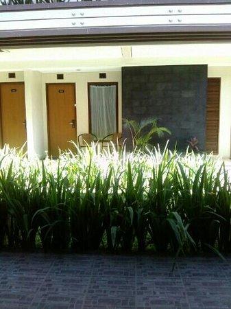 Gumilang Regency Hotel : front look