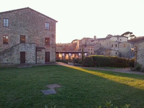 Castel Monastero: exterior resort