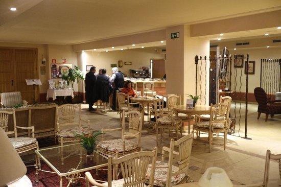 Sercotel Villa de Laguardia Hotel: Reception Area