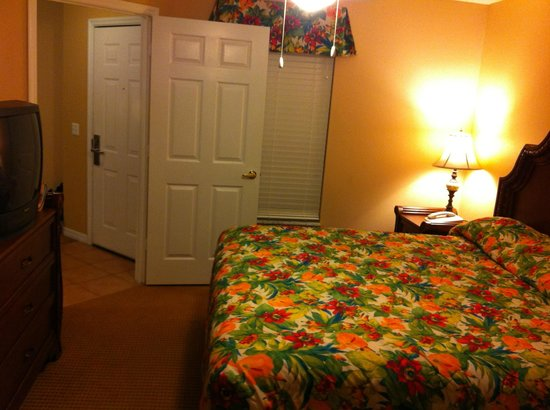 Summer Bay Orlando By Exploria Resorts: master bedroom