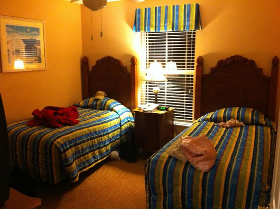 Summer Bay Orlando By Exploria Resorts: second bedroom