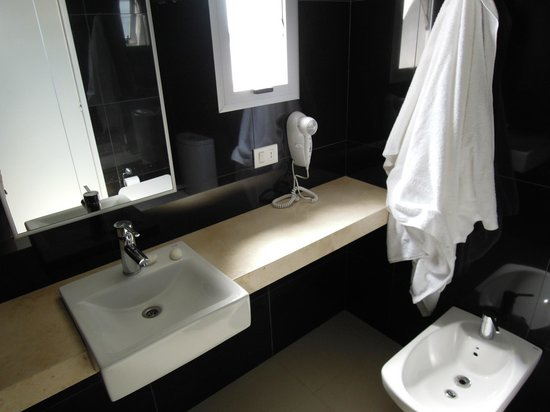 AXSUR Design Hotel: apartamento 203