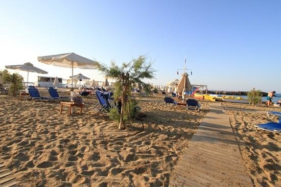 Knossos Beach Bungalows & Suite: beach