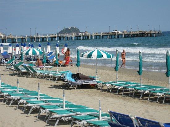 Hotel Aida : Summertime at the beach