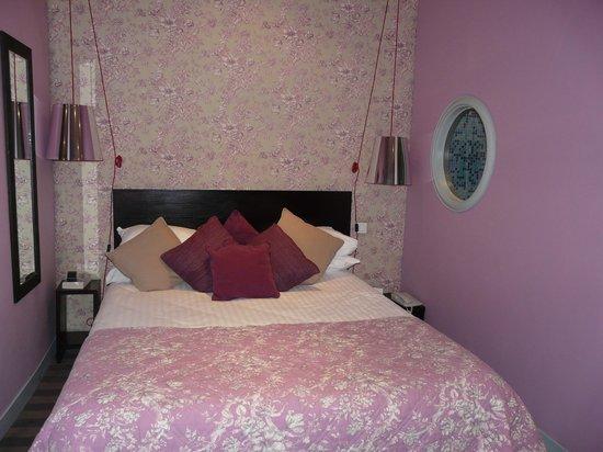 Hotel Tour d'Auvergne: Chambre 11