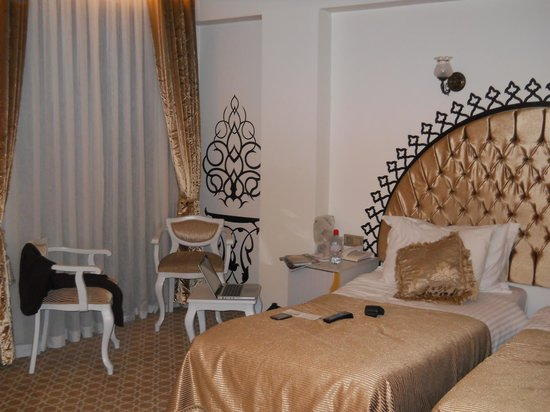 Ottoman Hotel Park: our bedroom with view of Marmara Sea