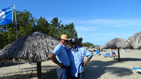 BlueBay Villas Doradas Adults Only: Do Not Buy Cigars from the Guy with Cowboy Hat