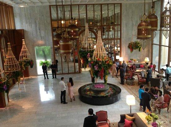 mandarin oriental hotel lobby bangkok picture of. Black Bedroom Furniture Sets. Home Design Ideas