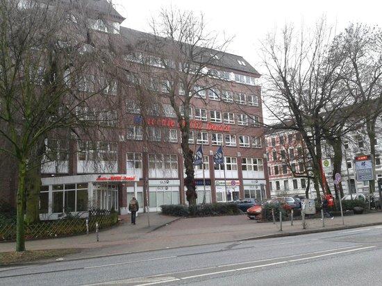 Hotel Domicil Hamburg by Golden Tulip: Das Hotel