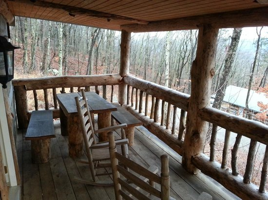 scenic veiw log cabins: Rear Porch Skyy's Cabin