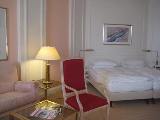 Welcome Hotel Residenzschloss Bamberg: Room at Welcome Residence in Bamberg