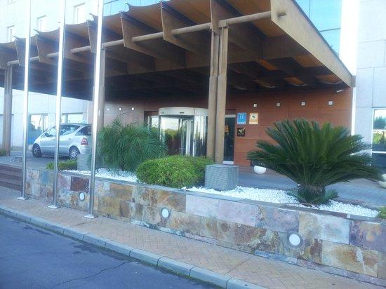 Hotel Vertice Sevilla Aljarafe: ENTRADA